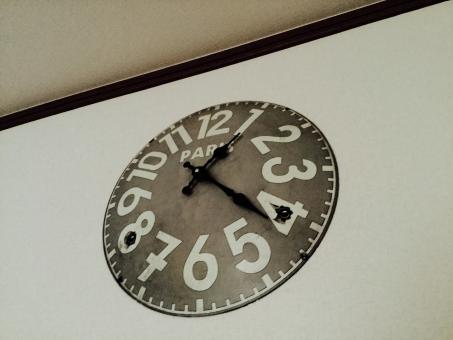 シタギヤクローブ 時計